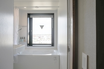 エグゼクティブツインB浴室から窓
