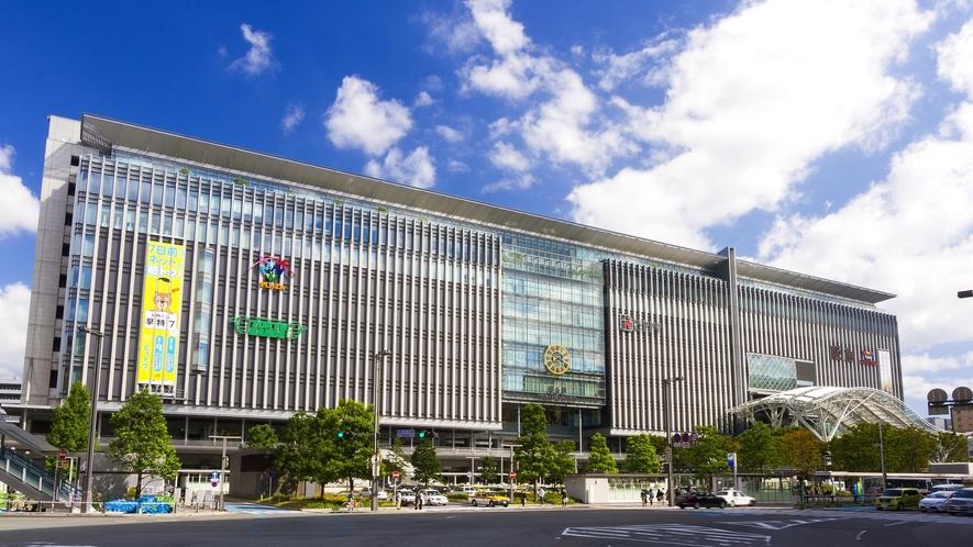 JR博多シティー(JR博多駅博多口) →徒歩7分 [写真提供:福岡市]