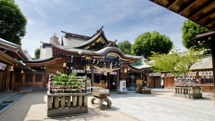 櫛田神社 →徒歩6分 [写真提供:福岡市]