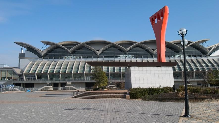 マリンメッセ福岡 →車11分/バス22分 [写真提供:福岡市]