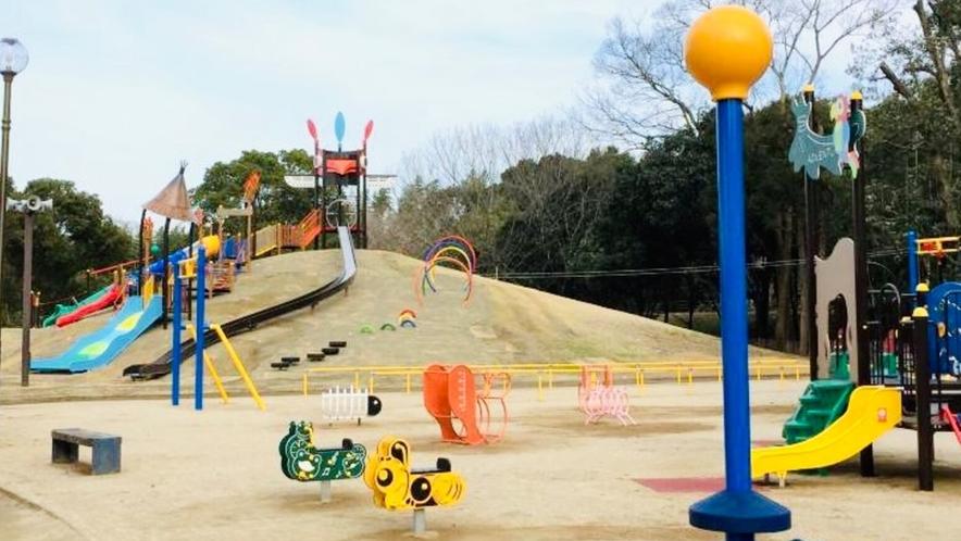 「七瀬川自然公園」はもちろん遊具も充実