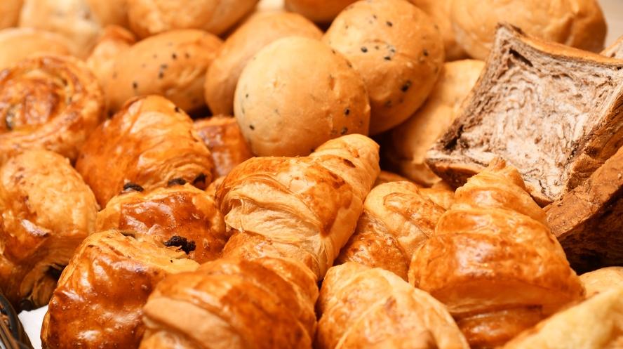 クロワッサンからメロンパンまで。豊富なパンをご用意