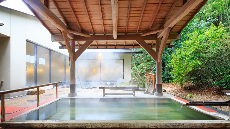 男性大浴場 露天風呂