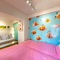 【パンの部屋】サンドウィッチに見立てられたベッド