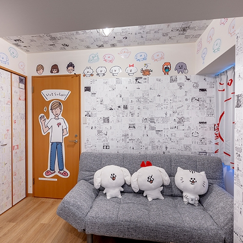 【パントビスコの部屋】ベッドやソファーにはペロチなどのキャラクターのぬいぐるみ