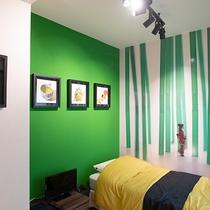 【竹の部屋】京都らしく「和」をテーマにした作品で装飾されたお部屋