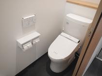 洗浄機付トイレ 全客室に設置しております。