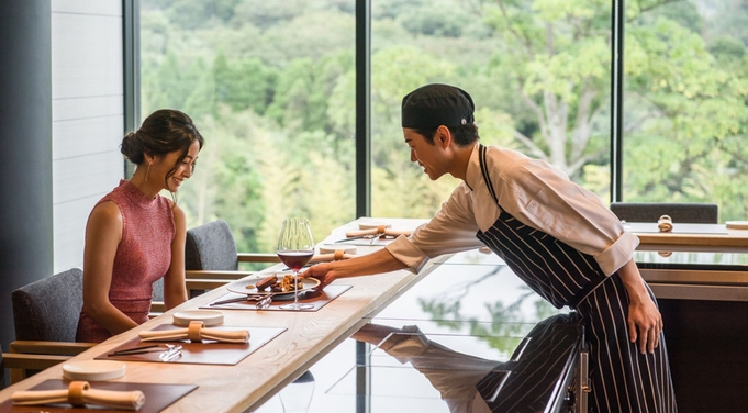 【1泊2食】10月8日(金)一夜限りのワインディナー付き宿泊プラン