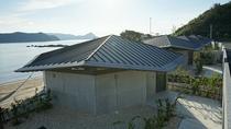 【外観】台風に負けないようにコンクリートの造りになっています。