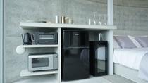 【スタンダードダブル】キッチンのない、シンプルなお部屋の設備です。