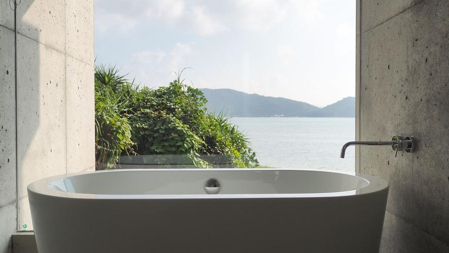 【スタンダードダブル】バスルーム 海を眺めながらゆったりとご入浴(お部屋によし仕様が異なります)