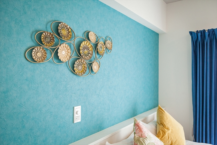 寝室の壁面装飾