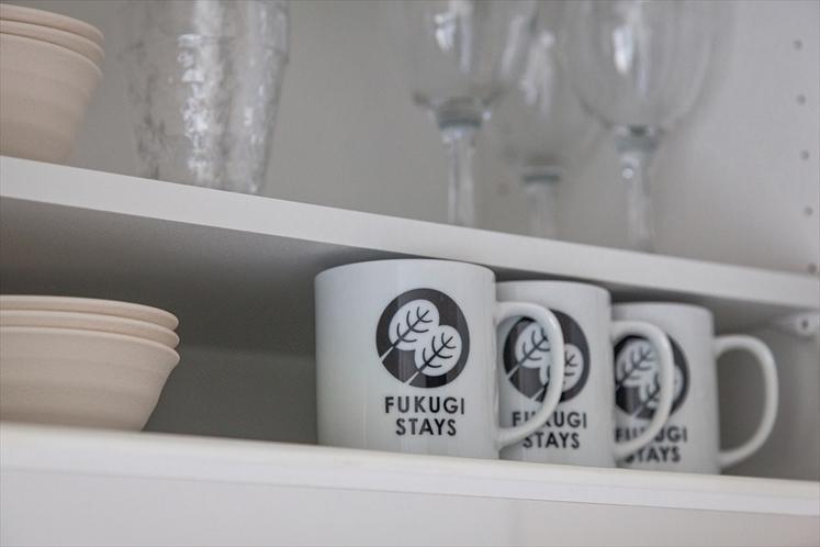 ふくぎステイズ 食器棚のオリジナルマグカップ