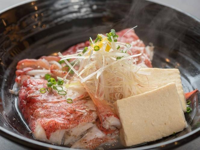 姉妹店「料理屋一刀」有料メニュー例:島魚のマース煮