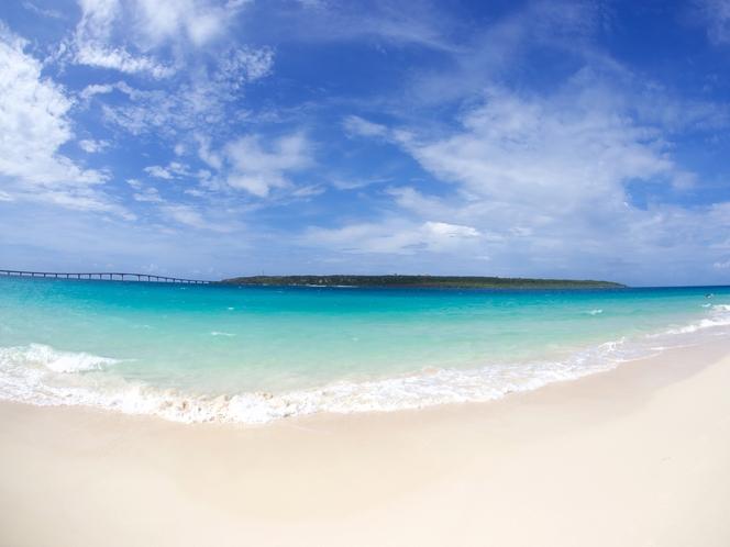 ミヤコブルーの海が美しい 宮古島