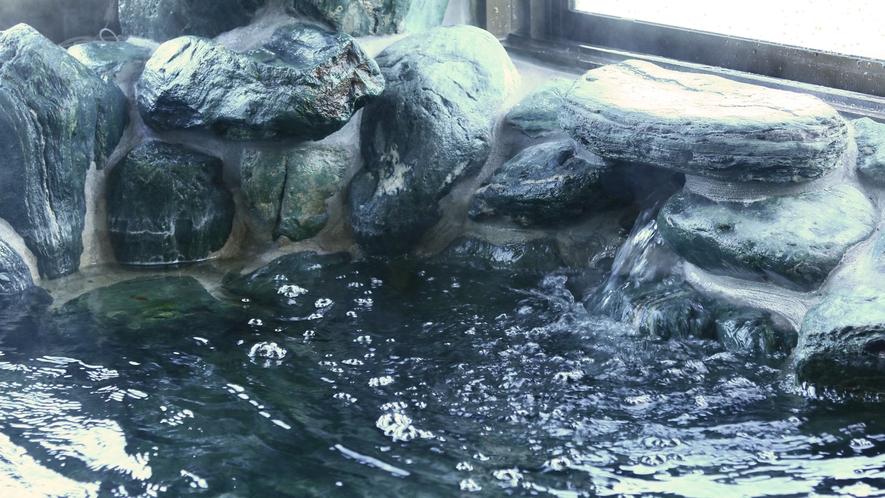 ◆榊原温泉◆岩風呂の大浴場がございます!マッサージ効果があり、ハリ・ツヤのある肌を生み出します♪11