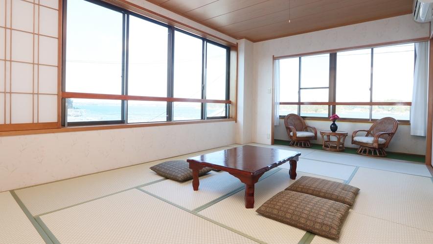 【和室10畳+広縁】ゆったりとお過ごしいただける10畳に広緑が付いたお部屋♪