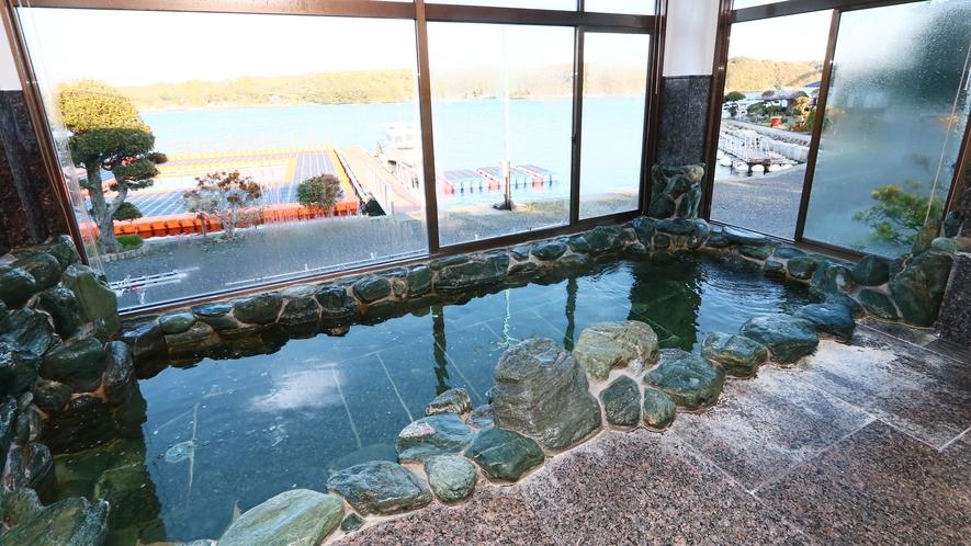 ◆榊原温泉◆岩風呂の大浴場がございます!マッサージ効果があり、ハリ・ツヤのある肌を生み出します♪10