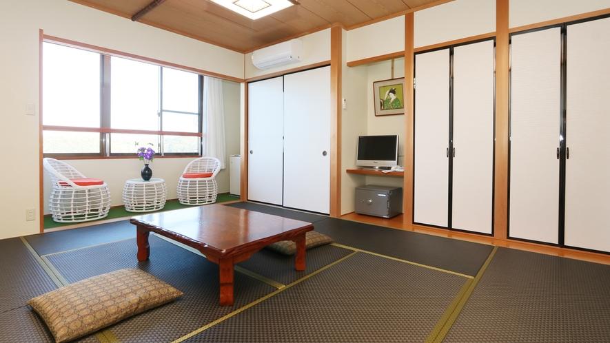 【和室10畳+広緑】最上階から美しい景色を満喫できる和室10畳広い緑付きのお部屋♪