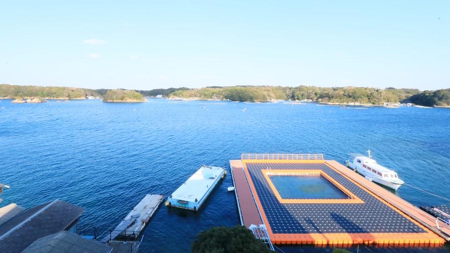 【海水プール】当ホテルのプライベートプールになりますので、ご宿泊者様のみご利用可能です。