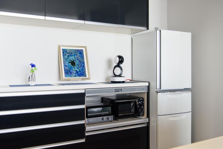 食器棚&冷蔵庫
