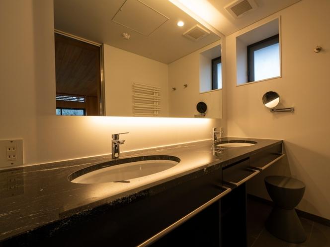 客室/洗面スペース