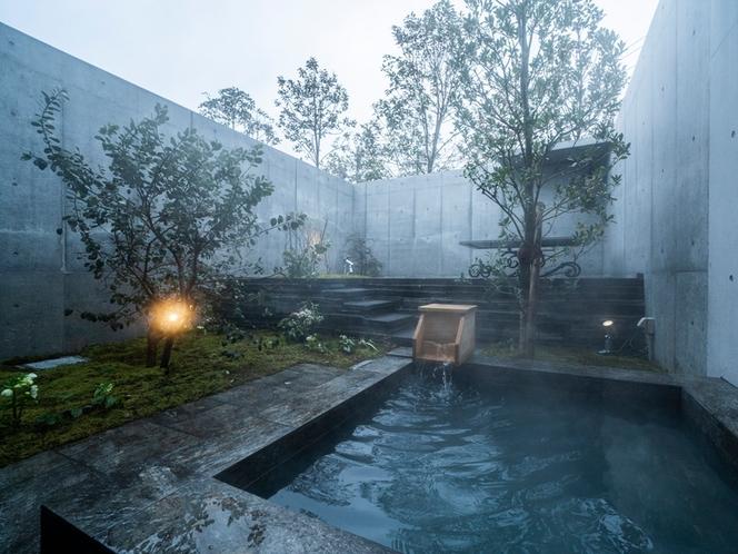 客室/上質な空間と源泉掛け流しの温泉