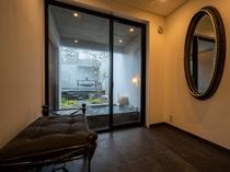 客室/脱衣スペース