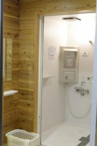シャワー棟 コイン式シャワー