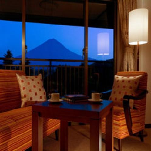 部屋から富士山(一例)