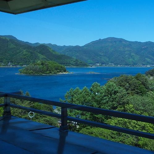 【初夏】パノラマラウンジからの眺め