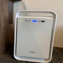 空気清浄機は各部屋にご用意しております。