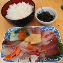 海鮮丼(1850円)