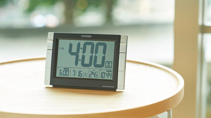 客室デジタル時計