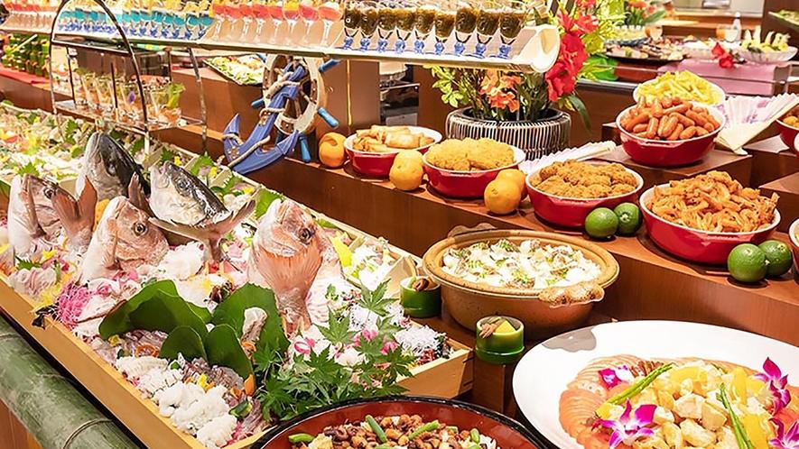 夕朝食合わせて130種の品々をご用意しております。