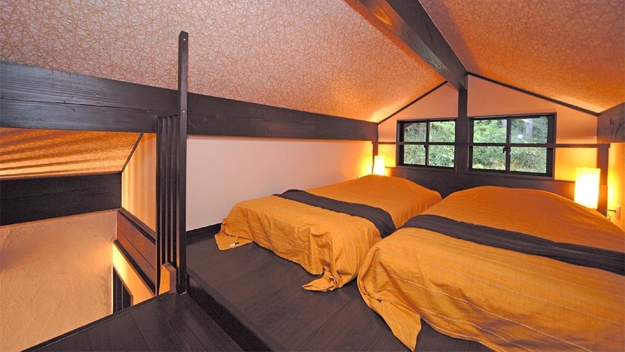 301号室 ロフト寝室