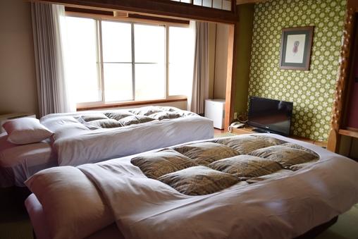 和室ベッドルーム 8畳