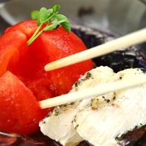 夕食◆メニューには旬の食材を取り入れております