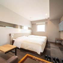 【ハリウッドツイン】ベッド2台横並びのお部屋でゆったりとお過ごし頂けます。