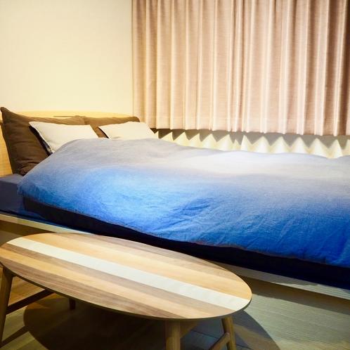1階寝室ROOM#1  6畳ダブルベッドルーム(140cm×200cm)