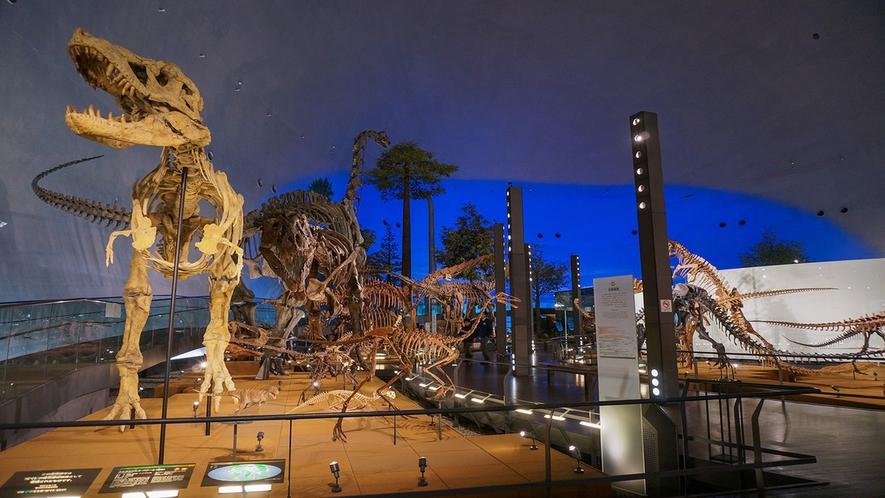 恐竜博物館1階 恐竜の世界