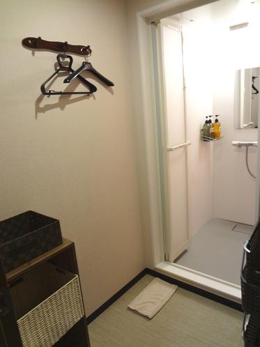 設備 - シャワールーム