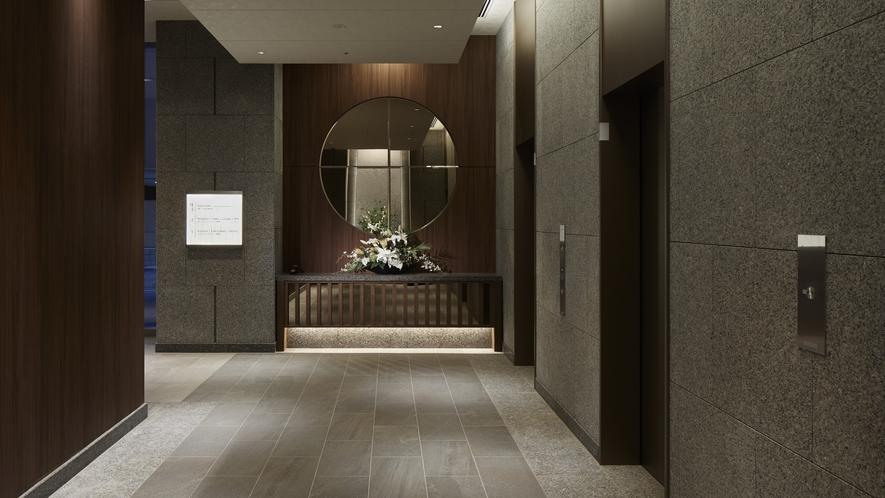 ホテル1F エレベーターホール