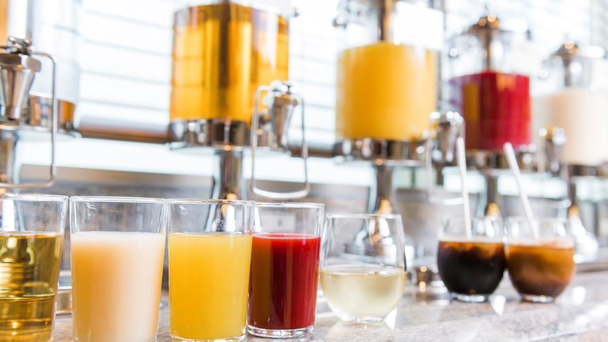 【ドリンクコーナー】北海道民にはおなじみの乳酸菌飲料「カツゲン」もご用意