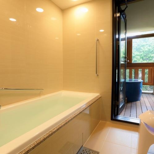 【内風呂】デラックスルームのみ、内風呂がございます(他のお部屋はシャワーと客室露天風呂のみ)