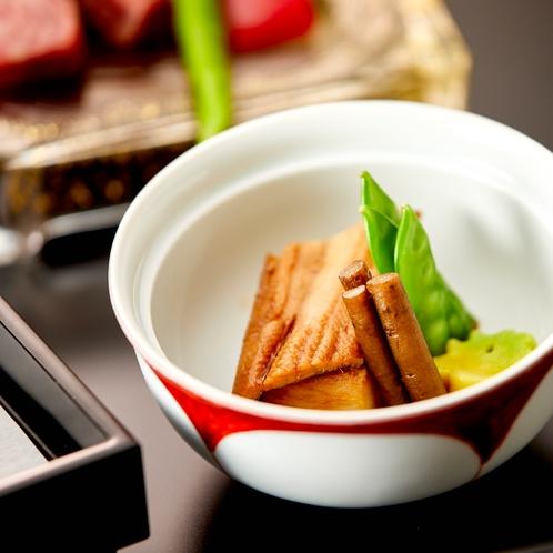 【夕食】食材は季節によって変更になる可能性がございます