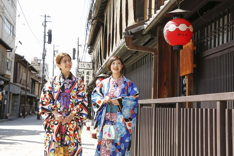 祇園の花見小路をお散歩