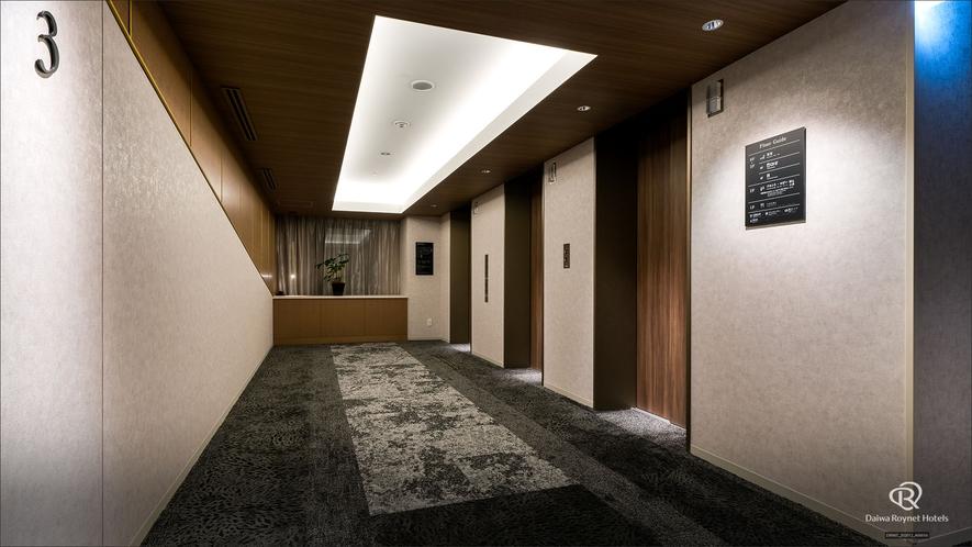 エレベーターホール.