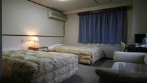 洋室ツインベッドルーム バス・トイレ付