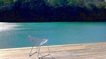 ・様々の表情を見せる湖畔の風景